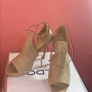 Sued platform heels